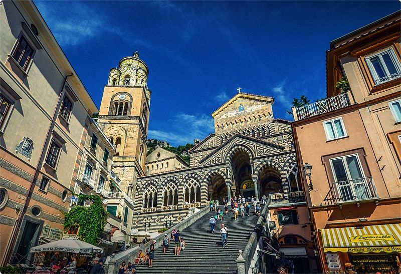 Amalfi The main town dates back to Roman times, and has had a prosperous history due to its strategic geographical position, which also gave rise to a huge maritime success.